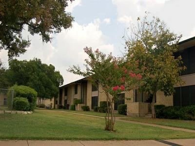 Spanish Timbers Apartments Dallas TX