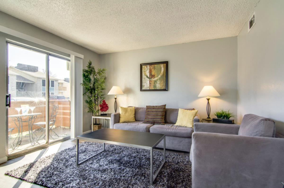 Living at Listing #136901