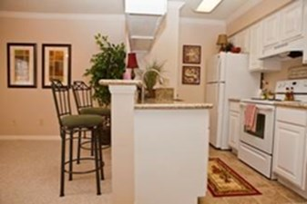 Kitchen at Listing #140024