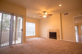 Living Room at Listing #138428