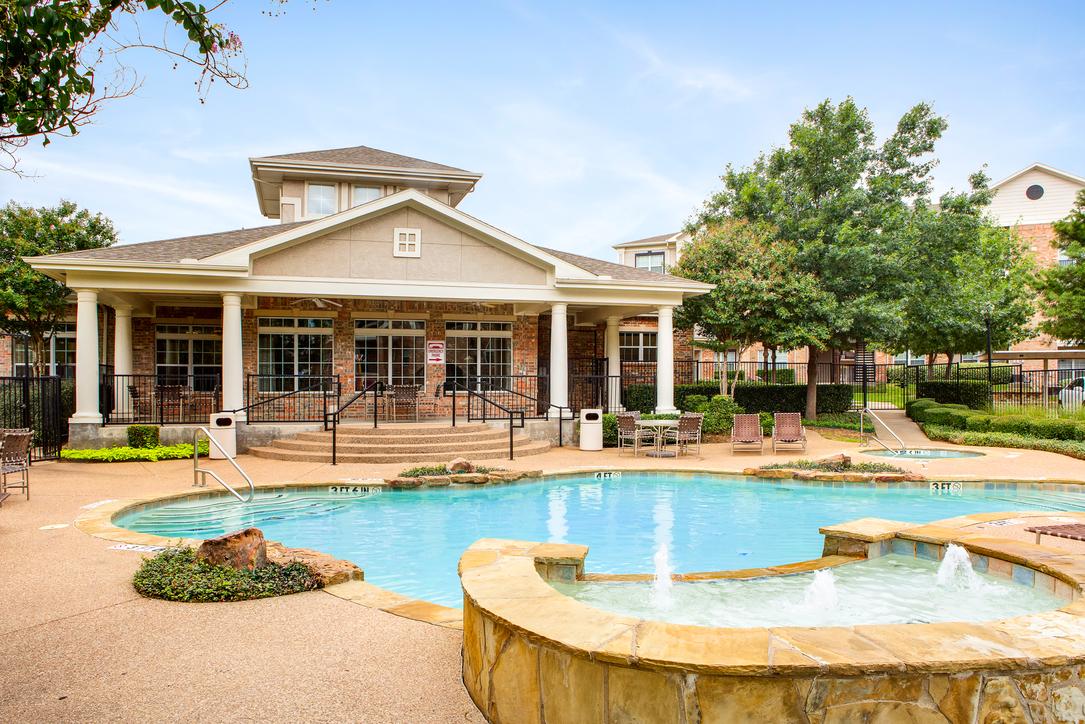 Pool at Listing #138172