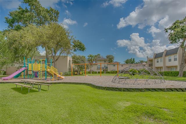 Playground at Listing #138236