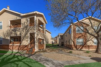 Exterior at Listing #140532