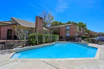 Pool at Listing #141012