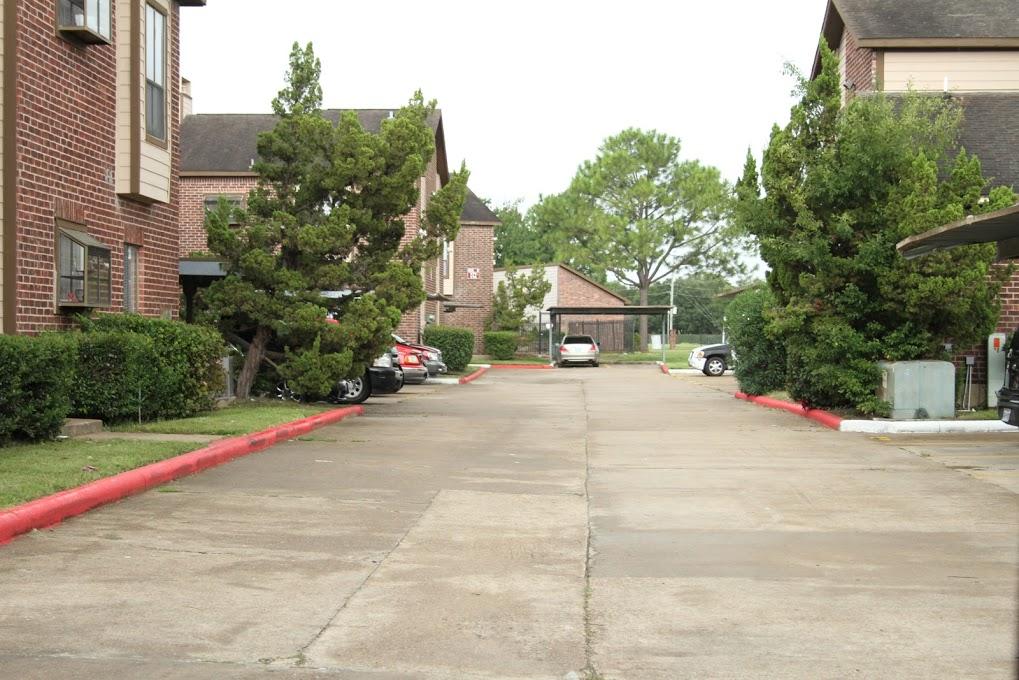 Chesapeake Village Apartments Houston TX