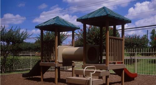 Playground at Listing #136205