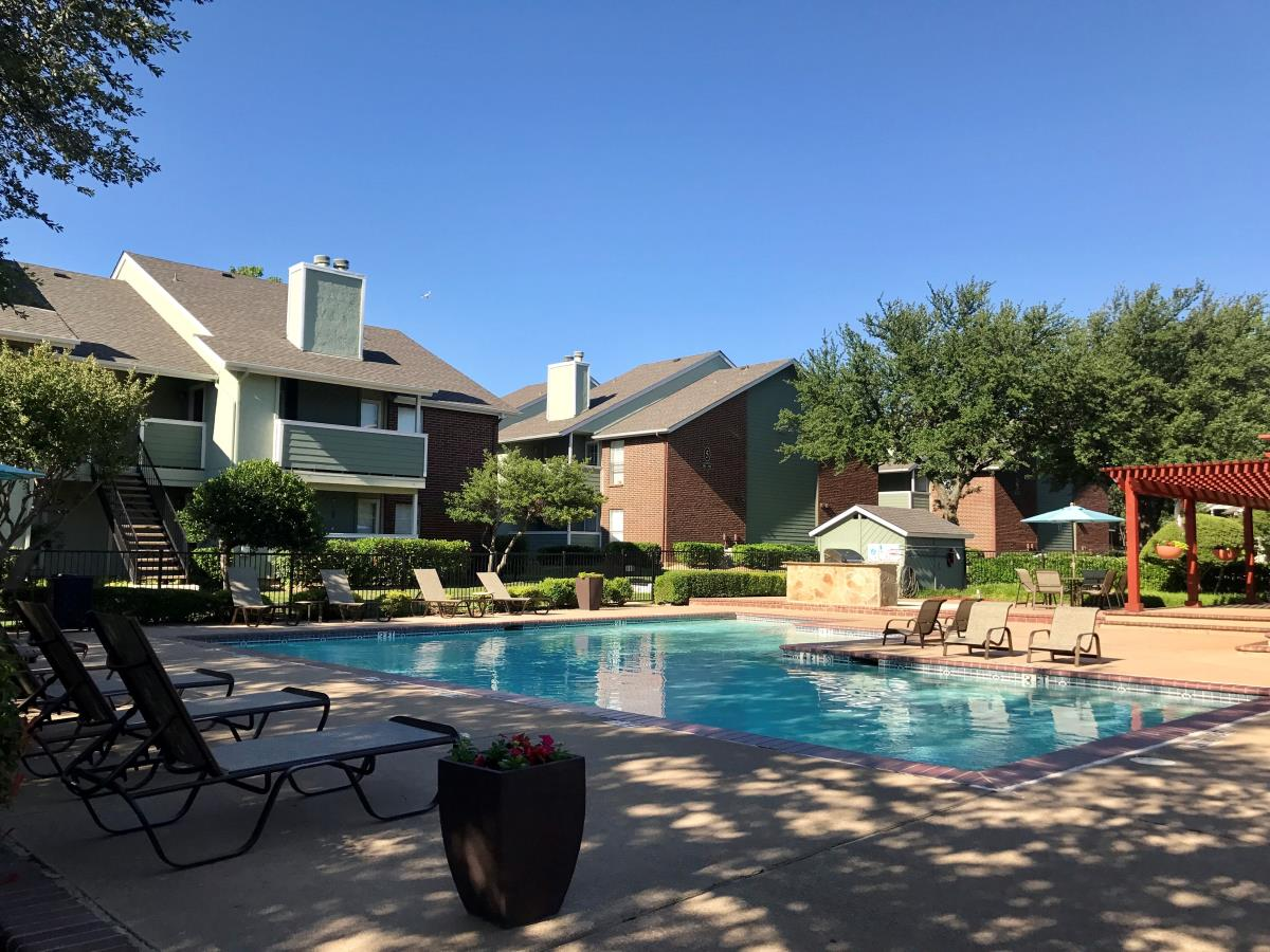 Pinnacle Apartments Lewisville, TX