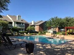 Pinnacle Apartments Lewisville TX