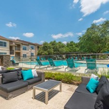 Lounge at Listing #141482