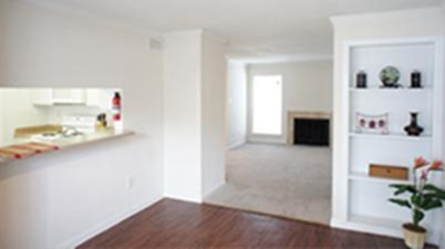 Living Area at Listing #139876