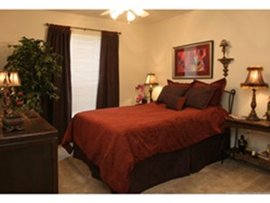 Bedroom at Listing #144086