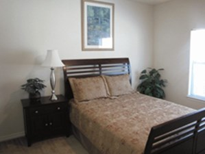 Bedroom at Listing #145770