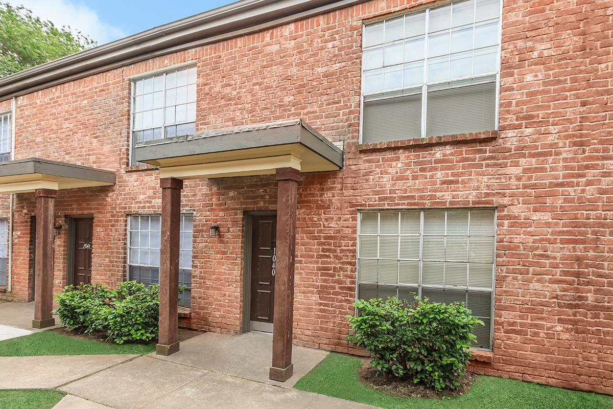 Exterior at Listing #139784