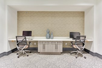 Business Center at Listing #281797