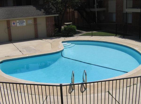 Pool at Listing #141357