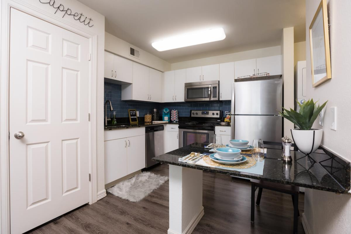 Kitchen at Listing #140727