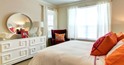 Bedroom at Listing #144419