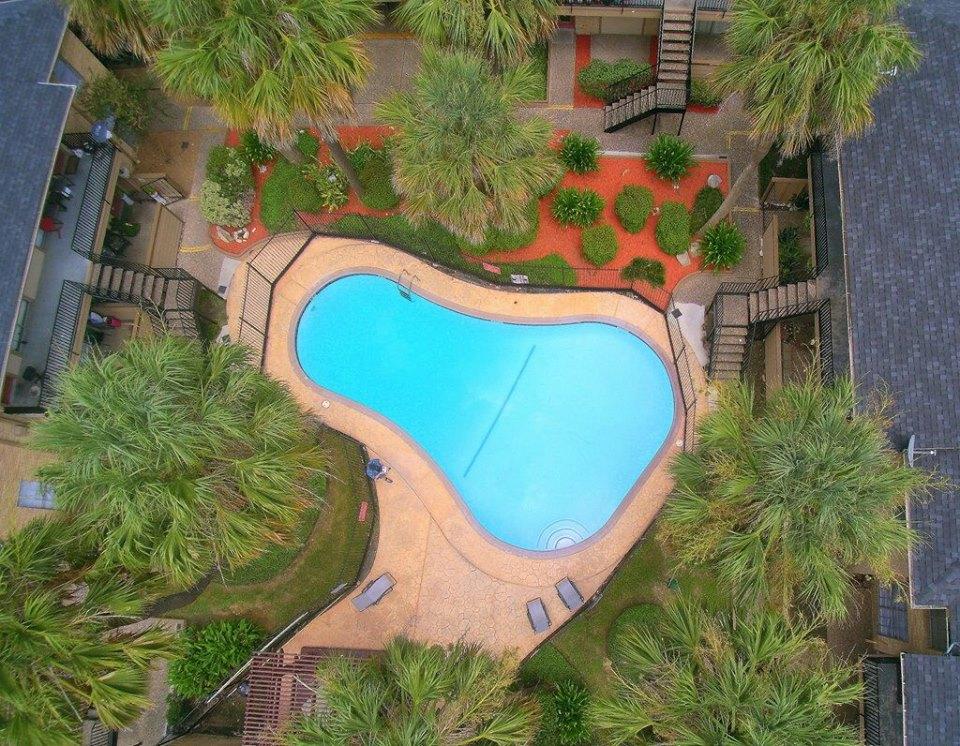 Pool at Listing #138789