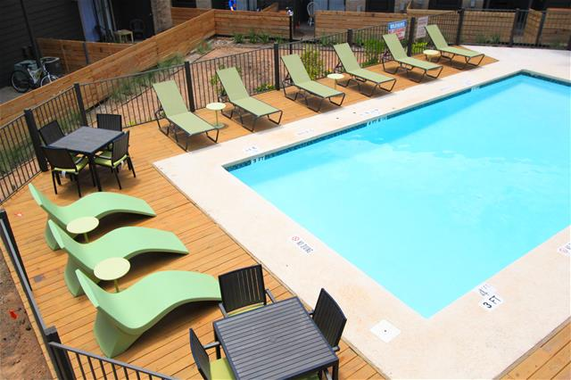 Pool at Listing #140331