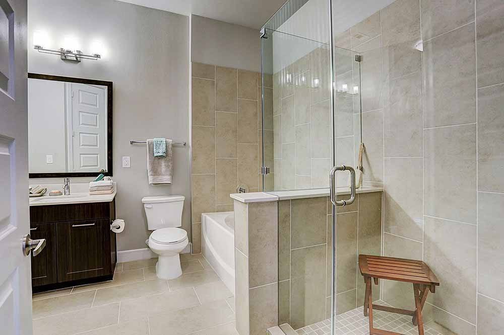 Bathroom at Listing #278443
