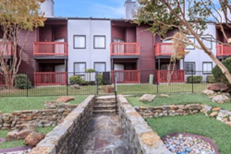 Exterior at Listing #135816