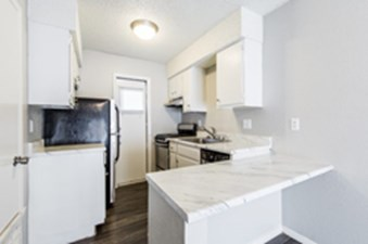 Kitchen at Listing #150625