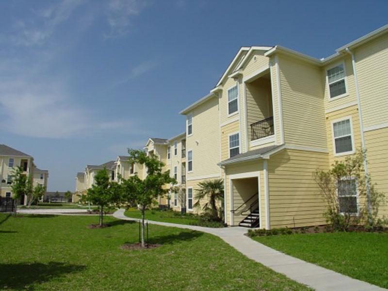 Brookside Gardens Apartments Houston TX