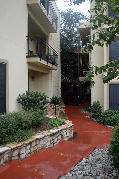 Exterior at Listing #137351