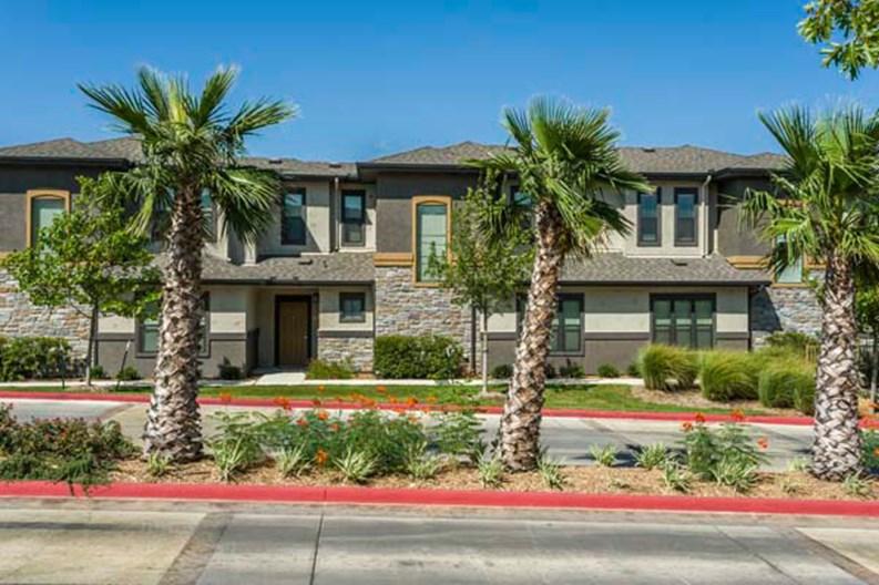 Villas at Mira Loma Apartments