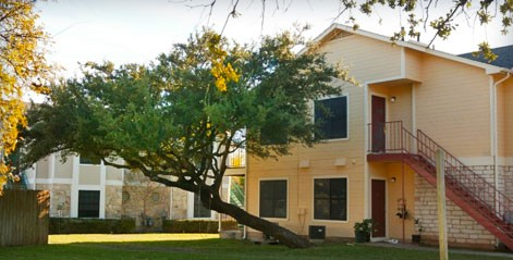 Exterior 3 at Listing #140464