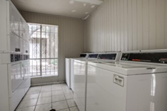 Laundry at Listing #135698