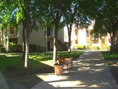 Meadowcrest Apartments Dallas TX
