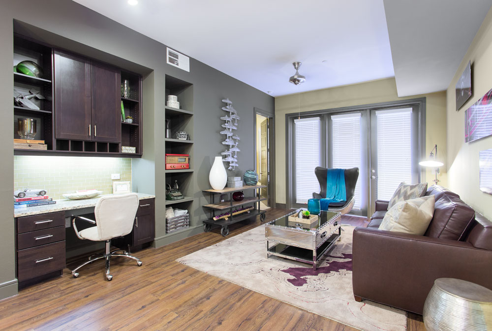 Living at Listing #233704