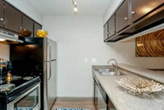 Kitchen at Listing #139400