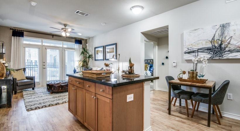 Living at Listing #144942