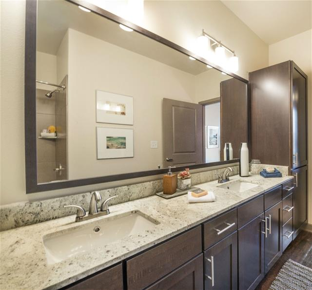 Bathroom at Listing #277764