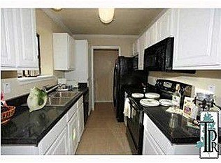 Kitchen at Listing #140397