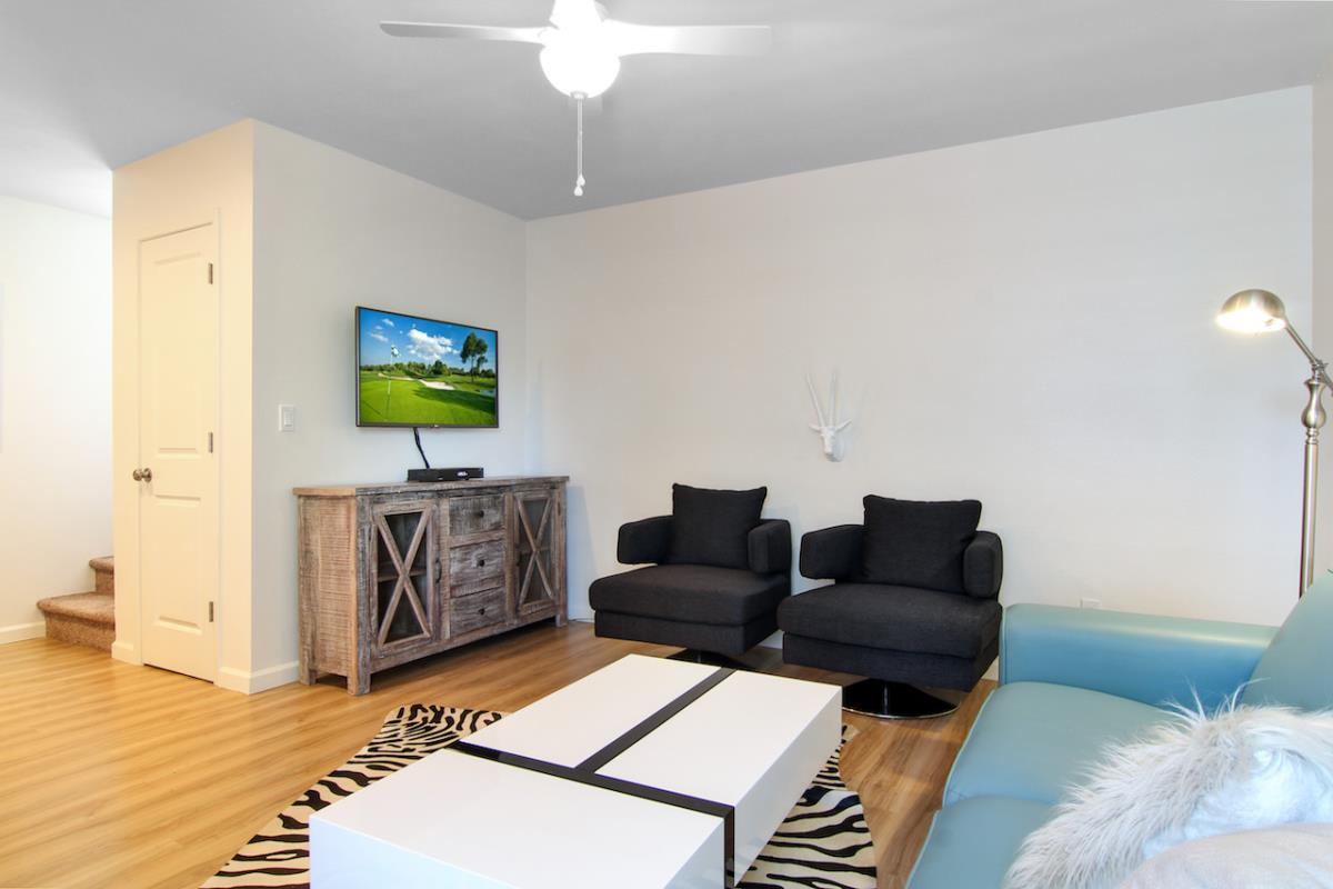 Living at Listing #143457