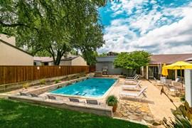 Alista Apartments Dallas TX