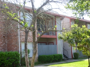 Exterior at Listing #139514
