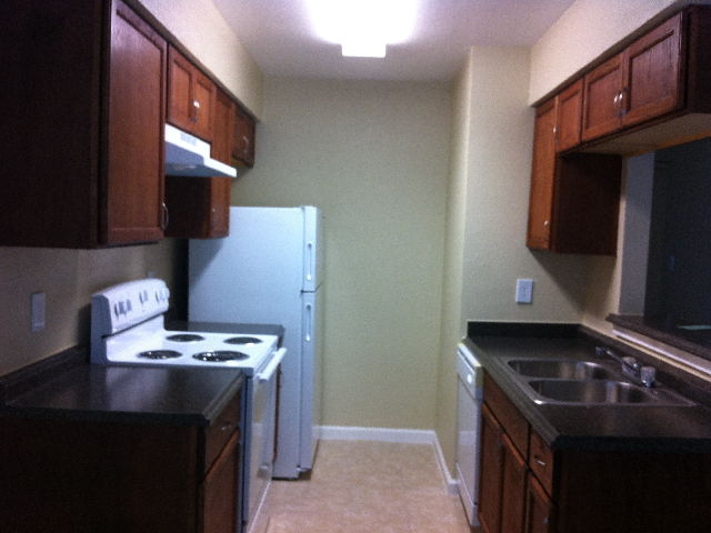 Kitchen at Listing #139517