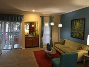 Living Area at Listing #135712