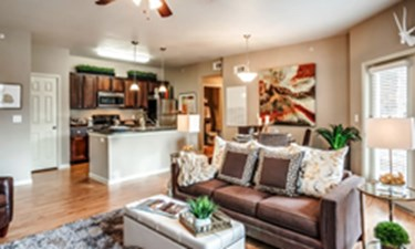 Living Area at Listing #147488