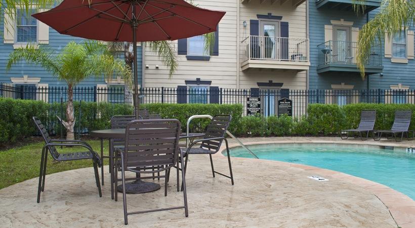 Pool at Listing #144668