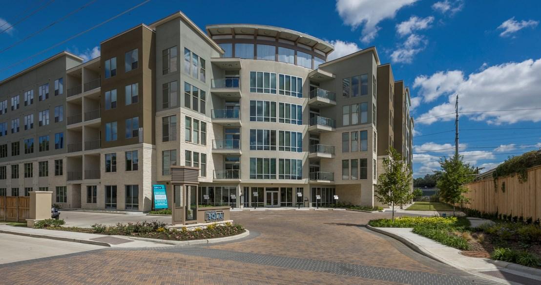 Sola Uptown River Oaks Apartments Houston, TX
