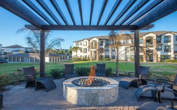Fire Pit at Listing #144156