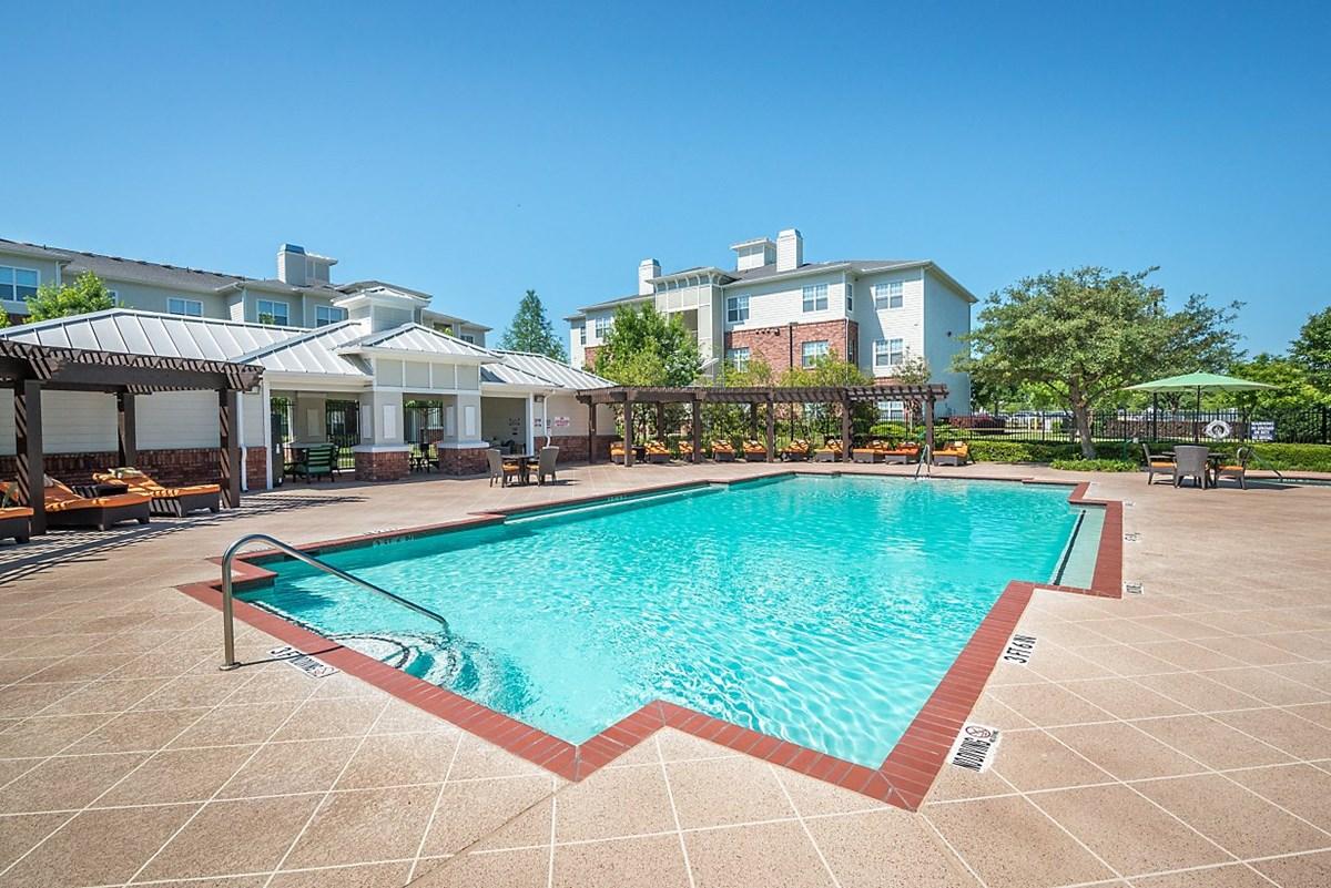 Pool at Listing #144567