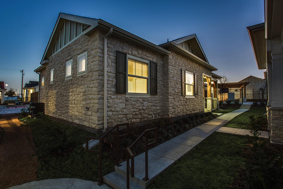 Avilla Premier Apartments Plano TX