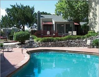 Pool at Listing #140378