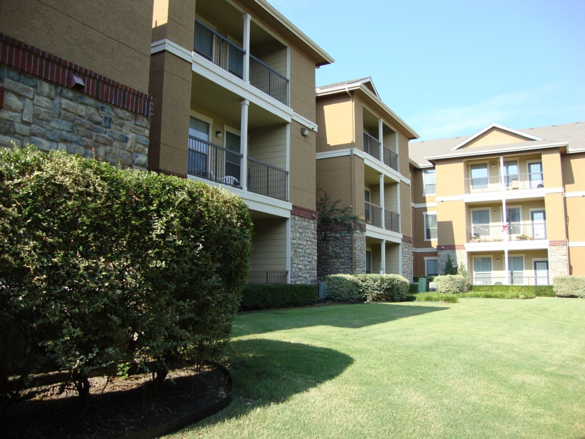 Potters House at Primrose Apartments Dallas, TX